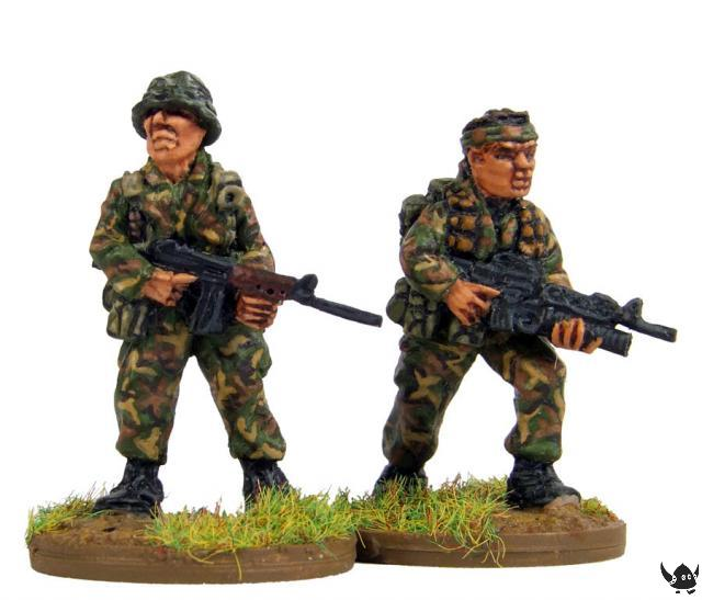 28mm Australians in Vietnam. Sculpted by Mike Broadbent