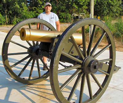 Larry and the cannon