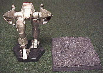 this mecha could use a larger base - and here it is!